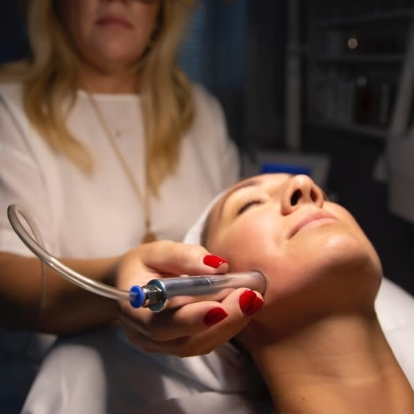 OXYBRASION with power cupping