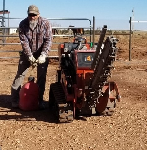 20201112 Lary fueling the trencher