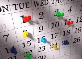 calendar w colored pushpins
