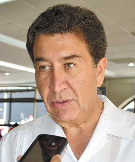 Hector Yunes Landa 01